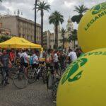 """Weekend in bici con Velolove e Magnalonga. Legambiente """"Straordinarie immagini di bici in città, ora subito GRAB e riconversione ciclabile di Roma e del Lazio"""""""